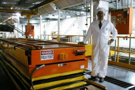 Scissor Lift for Robotic Paint Cell