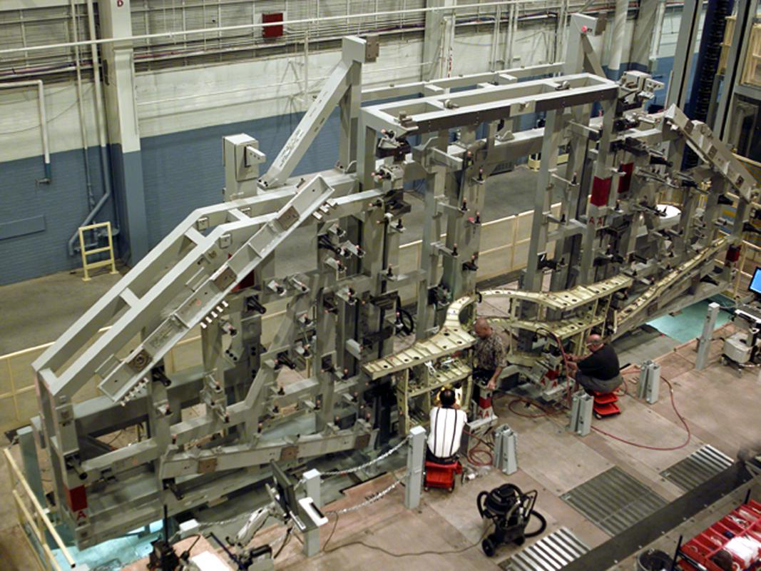 F 35 Wing Assembly Platforms 187 Handling Specialty