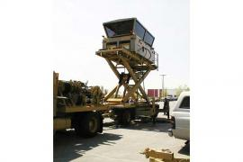 Mobile Control Tower with Hydraulic Lift